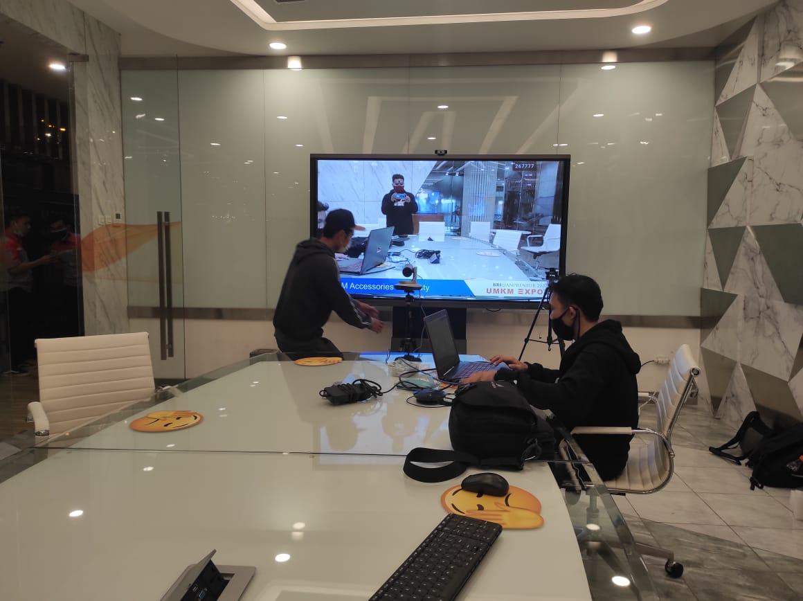 Sewa tv lcd jakarta Video conference